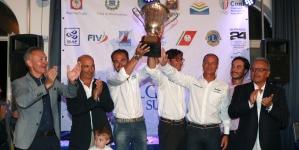 La Barca Indigo vince la 'Pizzomunno Cup'
