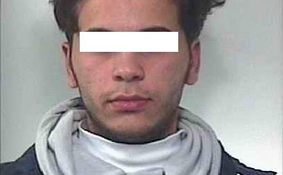 Spaccio, resistenza a pubblico ufficiale e violazione obblighi: tre arresti a Cerignola