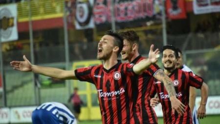 Foggia Calcio, ceduto il centrocampista Riverola alla Reggiana