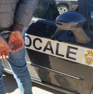 Condannato ambulante abusivo che aggredì agenti della Polizia Municipale
