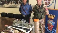 Detenzione di armi da fuoco e stupefacenti: arrestati due pregiudicati