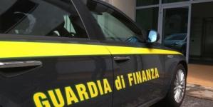 Corruzione e inquinamento di appalti pubblici: blitz della Guardia di Finanza