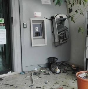 """Operazione """"Hot Banks"""", dieci arresti tra foggiano e teramano"""