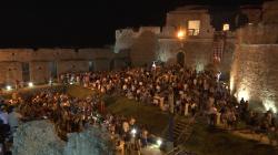"""Grande successo per """"Bollicine di Puglia"""" nel castello di Monte Sant'Angelo"""