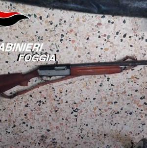 Un arsenale scovato dai Carabinieri a Cerignola: arrestato un 70enne