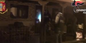 Duro colpo inferto alla mafia foggiana: 30 arresti