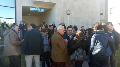 Riordino ospedaliero, Emiliano manda la patata bollente a Roma