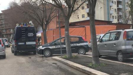 Contrasto abusivismo commerciale, proseguono i controlli e sequestri della Polizia Municipale