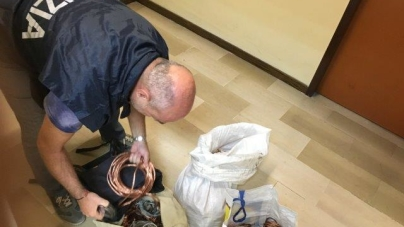 Denunciato un albanese con 52 kg di rame rubato