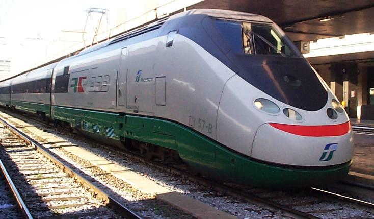 Infarto su treno in Abruzzo: muore macchinista foggiano