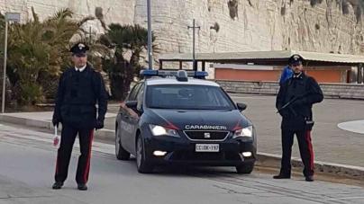 Simulò incidente stradale per uccidere il padre: arrestato 25enne