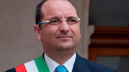 Si è dimesso il sindaco di Manfredonia Angelo Riccardi