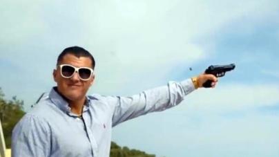 Mafia e colpi di pistola in video rapper Eazy Padrino