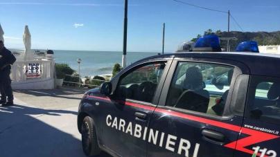 Mafia Mattinata, sequestrato stabilimento balneare, sgomberate aree demaniali