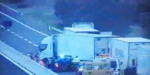 Assalto a tir carico di mandorle: in 4 sequestrano camionista e fuggono col bottino