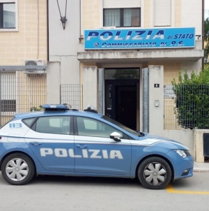 Rinvenuta dalla Polizia moto di grossa cilindrata rubata e venduta sul web: 4 denunce
