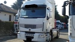 Trasportavano gasolio di provenienza illecita: sequestrati due mezzi pesanti