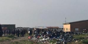 Fiamme e paura a Borgo Mezzanone: distrutte almeno 10 barracche