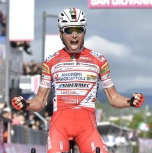 Giro d'Italia, a San Giovanni la maglia rosa torna ad un italiano dopo 3 anni
