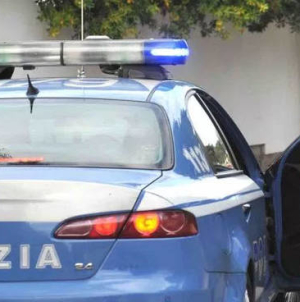 Bomba distrugge auto ex calciatore Pompilio, indaga la polizia