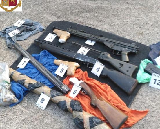 Arrestato pregiudicato foggiano in possesso di diverse armi clandestine