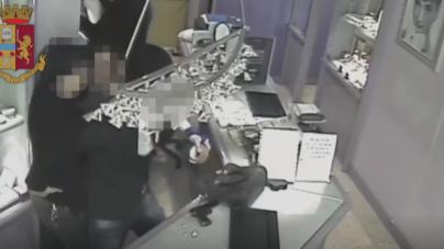 Rapine e violenza in attività commerciali di Cerignola: tre arresti