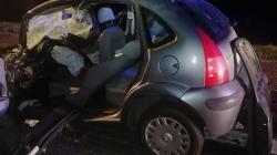 Dopo incidente auto prende fuoco in autostrada: 34enne salvata dalla Polizia Stradale
