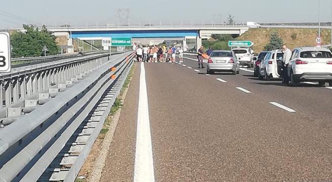 Audace Cerignola escluso dalla serie C: i tifosi per protesta bloccano l'A14