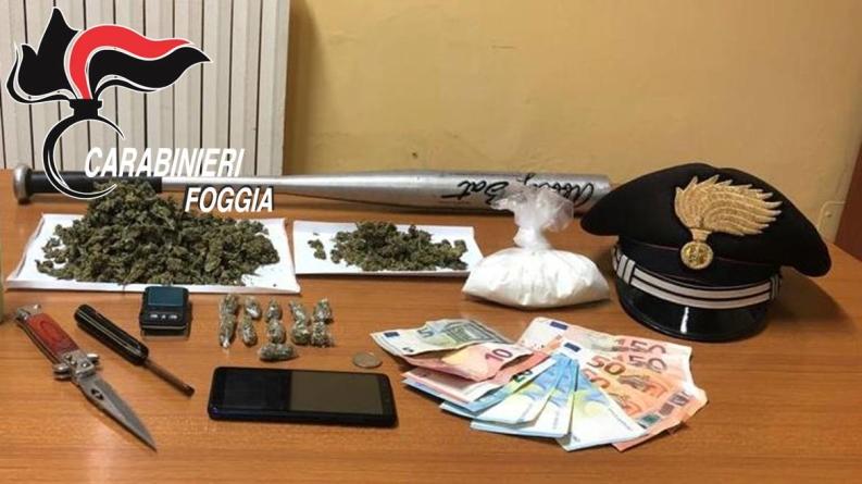 Droga nella credenza della cucina: arrestato 28enne insospettabile