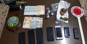 In auto con a bordo eroina, cocaina e marijuana: arrestati due corrieri della droga