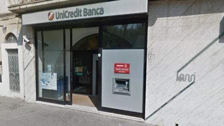 Banda tenta colpo in banca ad Orta Nova: ferita una guardia giurata