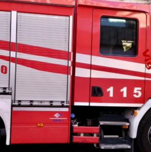 Incendio in un'azienda agricola: distrutti tre mezzi
