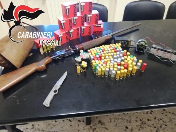 Caccia di frodo con un fucile rubato: arrestato 49enne