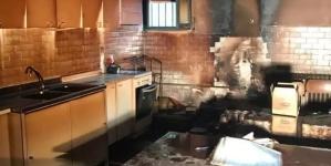 Petardo nella scuola media di Troia: a fuoco aula di musica e banco alimentare