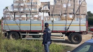 Carico di prodotti sanitari rubati rinvenuto dalla Polizia di Stato