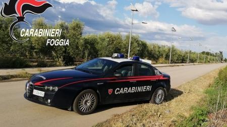 Minaccia di morte i familiari e tenta di uccidere carabiniere con le forbici: arrestato