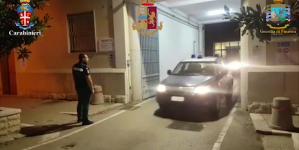 Foggia al setaccio dopo attentati: 100 perquisizioni e 3 arresti. Sequestrata bomba di 3 chili