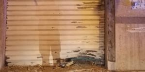 Bomba distrugge negozio biancheria intima poche ore dopo marcia antimafia