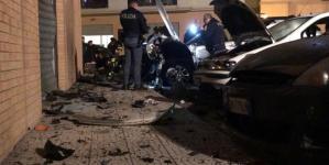 Nuovo attentato a Foggia: bomba distrugge 6 auto e saracinesca di un locale