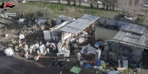 Ordigni artigianali e 7 chili di marijuana nelle campagne di Foggia: 4 arresti